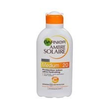 Garnier Ambre Solaire SPF 20 Protection Lotion Ultra-Hydrating - Opalovací mléko 200 ml